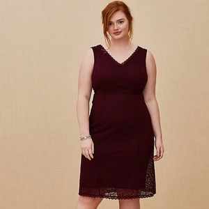 TORRID SPECIAL OCCASION BURGUNDY RED LACE DRESS